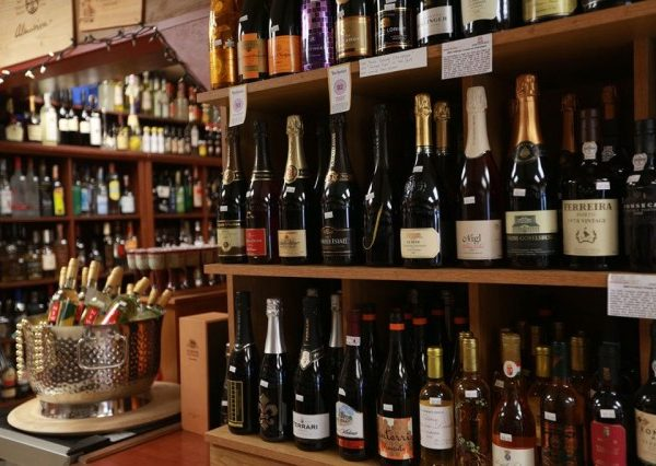 Where To Shop In Kauai – Princeville Wine Market – Hawaii