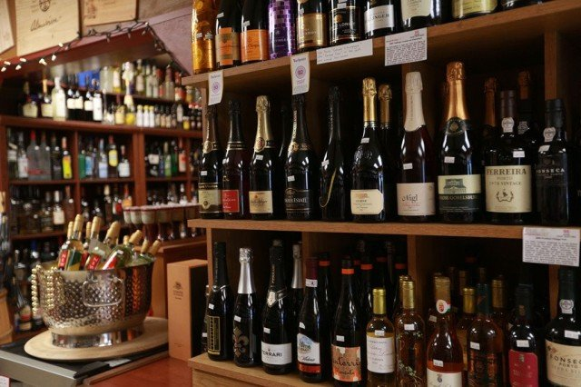 Where To Shop In Kauai – Princeville Wine Market – Hawaii